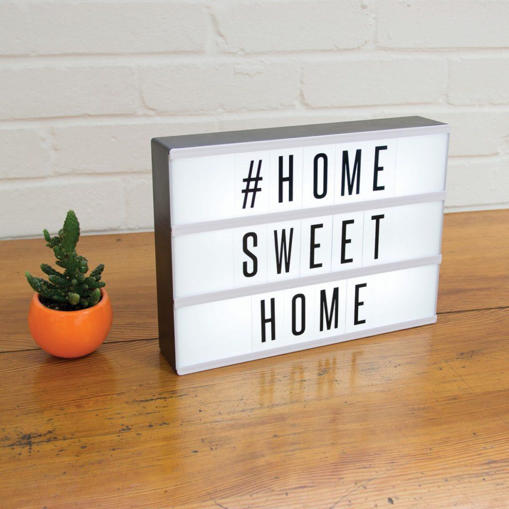 Tafellamp home sweet home 1024x1024.jpg