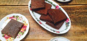 Brownies zonder geraffineerde suiker uit BAKBOEK
