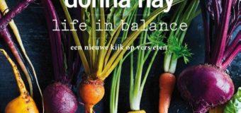 Nieuwe kookboeken met veel fruit en groente