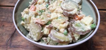Zelf huzarensalade maken met forel