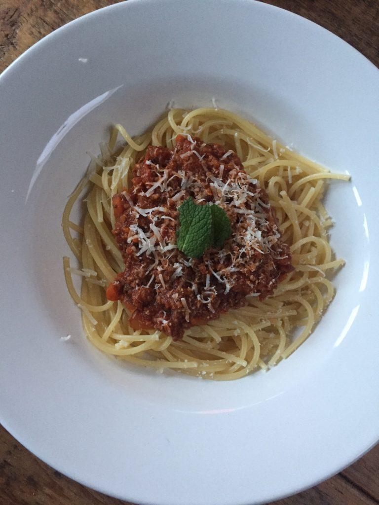 Recept voor zoete rode pastasaus van foodblog Foodinista