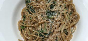 Spaghetti met spinazie en blauwe kaas