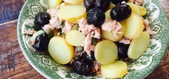Tonijnsalade met aardappeltjes