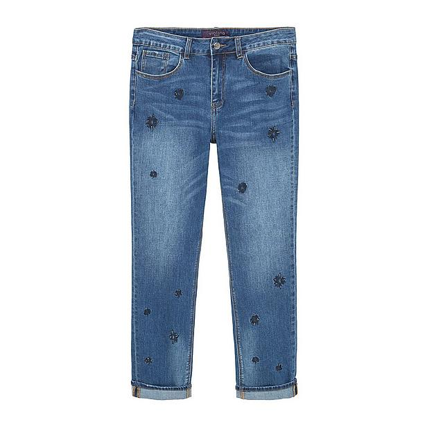 Jeans met subtiele blauwe bloemen plussize Zomerse jeans Dress to impress blog Foodinista
