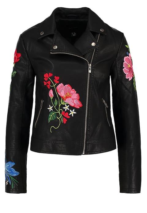 Zwart leren jasje met bloemen maart happy musthaves shoptips blogger Foodinista
