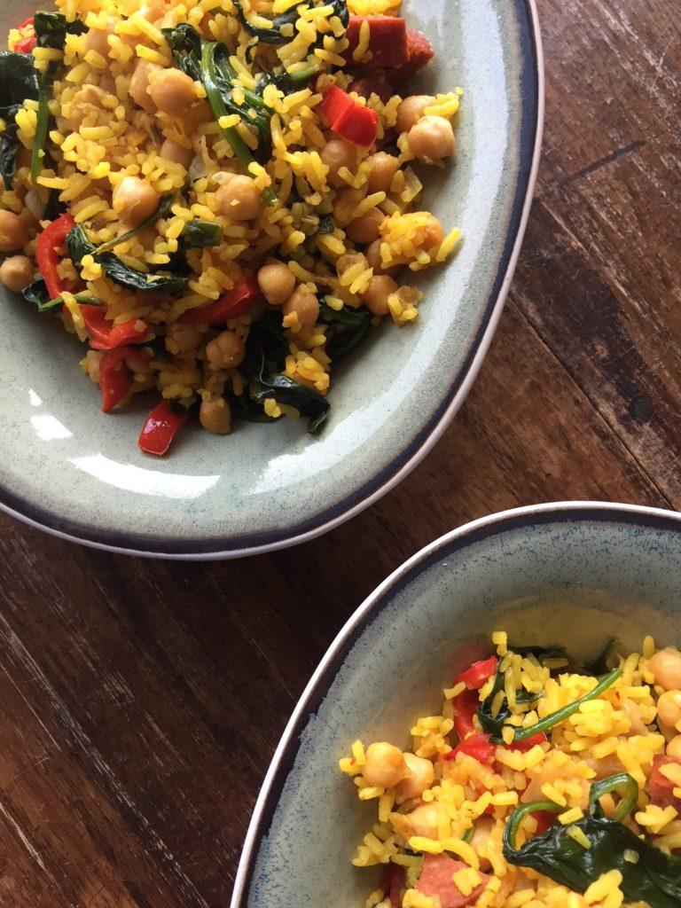 Gele rijst met chorizo recept Foodblog Foodinista