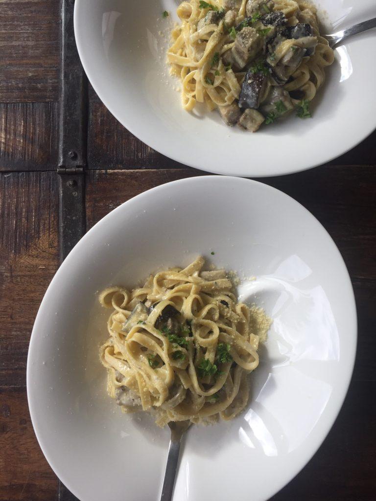 tagliatelle met aubergine en gorgonzolasaus recept van foodblog Foodinista