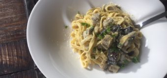 Pasta met aubergine en gorgonzolasaus