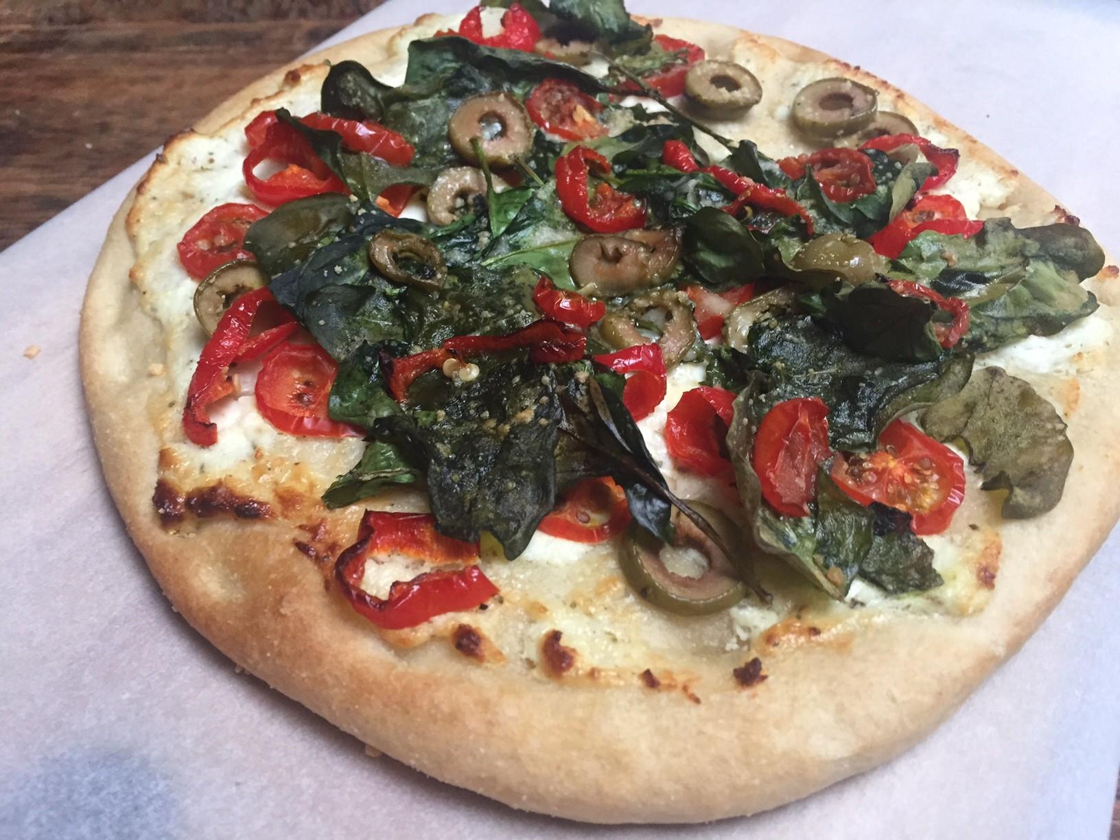 Bloemkoolpizza getest! Met toppingvariaties